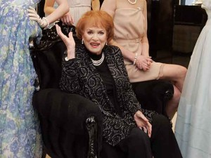 File photo: screen legend Maureen O'Hara to recieive a Lifetime achievement Oscar. 11/11/2010 Newbridge Silverware Maureen O'Hara opens Princess Grace Jewellery Collection. Newbridge Silverware gets the Royal Treatment. Hollywood legend, Maureen O'Hara unveils the Princess Grace Jewellery Collection by Newbridge Silverware at the Newbridge Silverware Museum of Style Icons today (11/11/2010) in Newbridge, Co. Kildare. Maureen was joined by four lookalike models wearing a piece from Newbridge Silverware Princess Grace Collection. This exclusive Collection was designed in association with the Princess Grace Foundation - USA and will be available to purchase from Newbridge Silverware stocklist in January 2011. Pictured with Maureen are, from left, January Russell (wearing a floral emblazoned grecian gown), Chloe Loughnane (wearing a dove grey one shoulder chiffon), Heather Irvine (wearing a cream crepe de chine and silk chiffon dress) and Nikki Bonass (wearing a blue strapless silk organza gown). Photo. Mark Stedman/Photocall Ireland