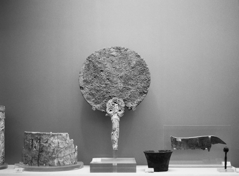 Bronze mirror with ivory handle with rosette decoration, Tholos tomb 2. Myrsinochori, Messenia. 15th c. BC