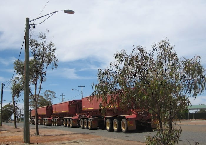 The mining never stops in Western Australia. Menzies, Golden Quest Discovery Trail.