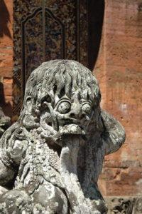 Rangda Statue
