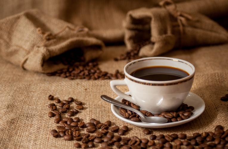 Los precios de los granos de café se han duplicado el año pasado y pueden volver a duplicarse, ¿qué está pasando?