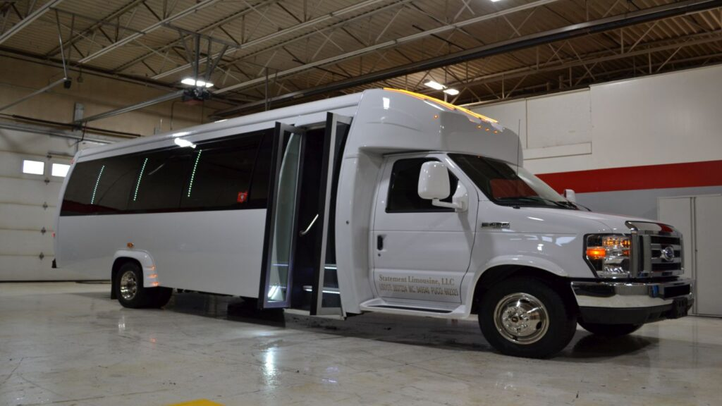 24 PASSENGER LIMO PARTY BUS