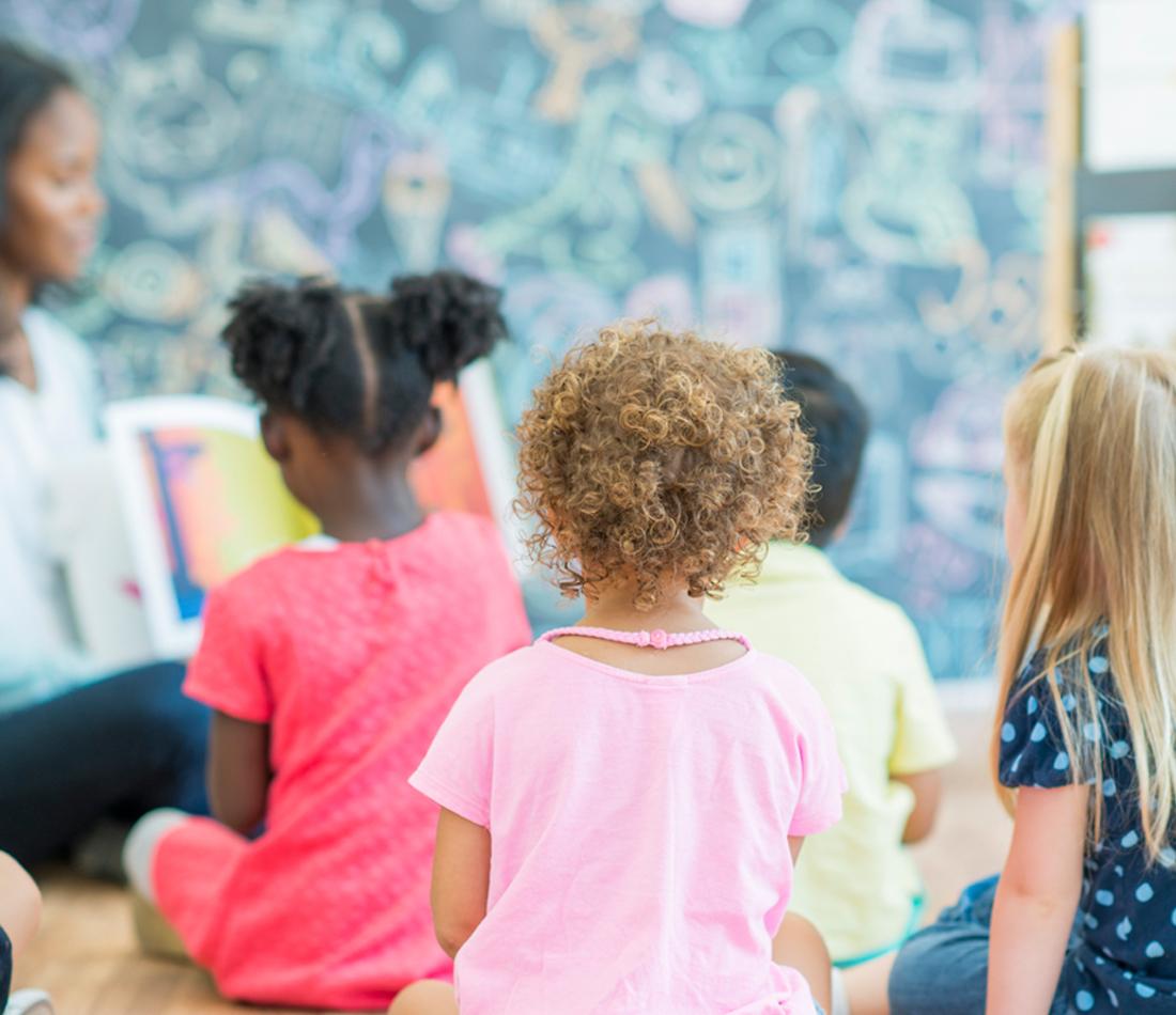 Le ministre Luc Fortin annonce une mesure pour accroître l'accès aux services de garde éducatifs des enfants issus de milieux défavorisés
