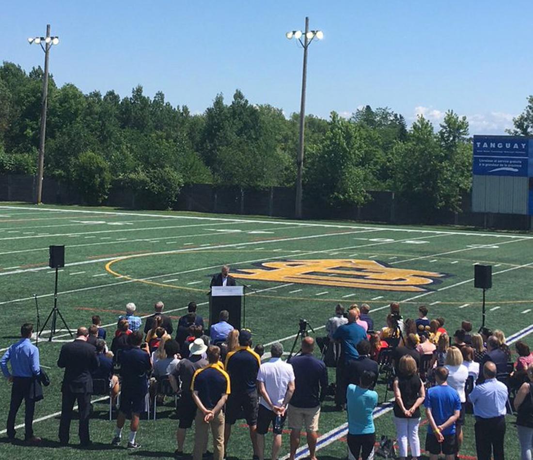 Plus de 158 millions de dollars pour améliorer les infrastructures sportives et récréatives pour les familles