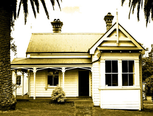 Should You Buy a New or Older Investment Property?