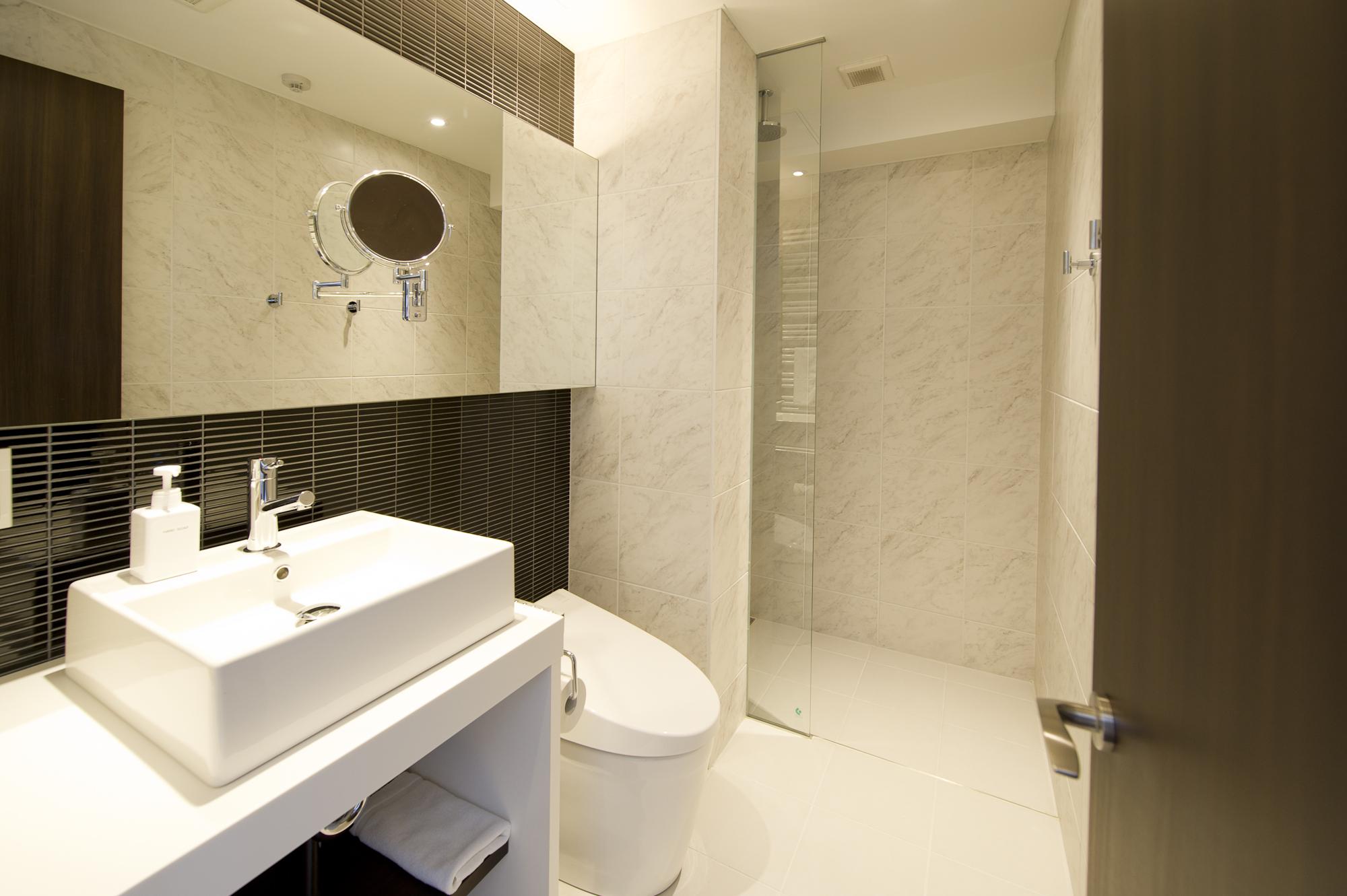 Kizuna Niseko Bathroom