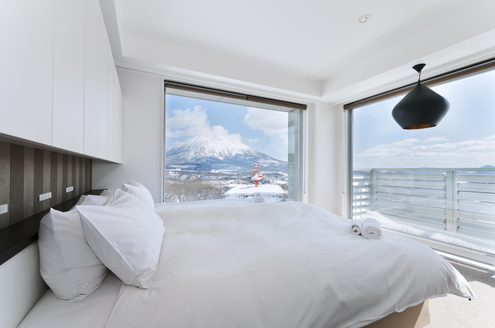Kizuna Niseko Main Bedroom