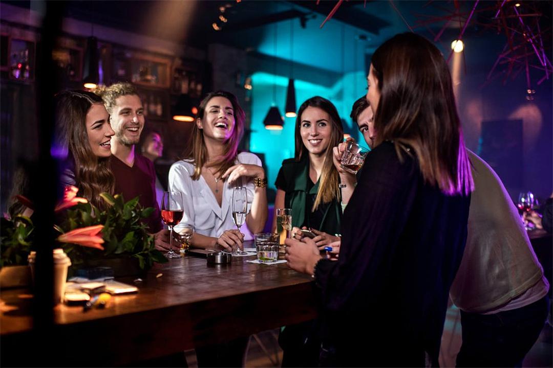 An Ultimate Guide to Hakuba Bars & Nightlife 2020