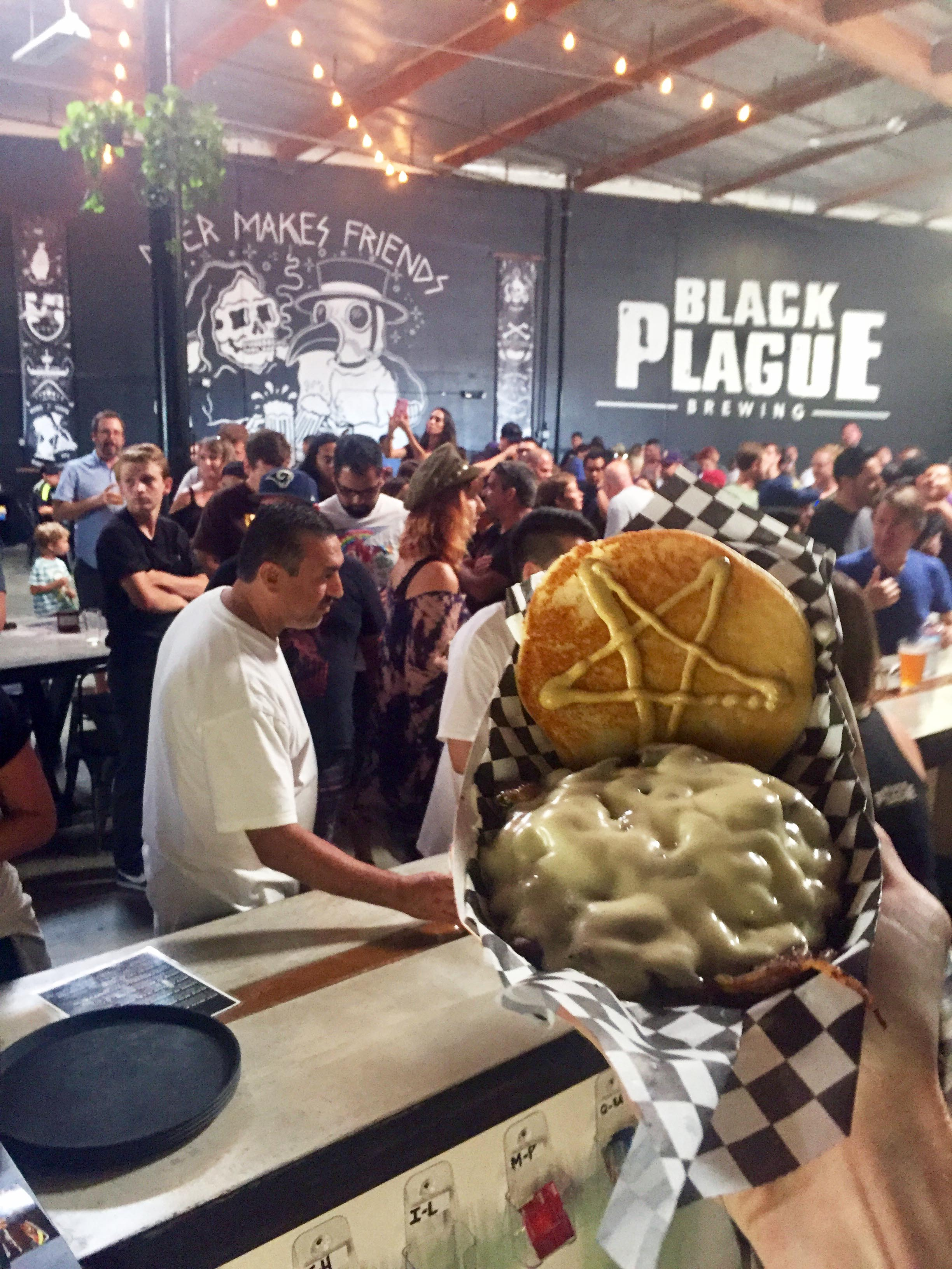 full-metal-burger-BLACK-PLAGUE
