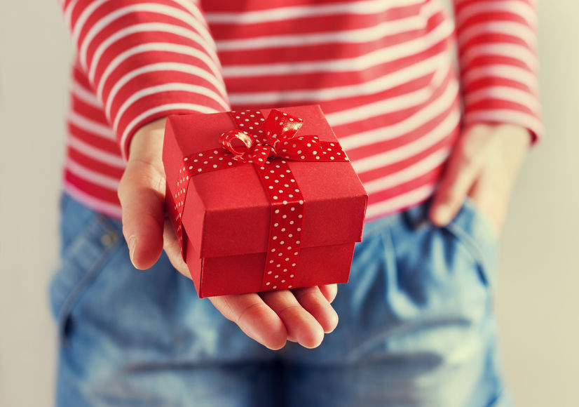 Ladies, What's The Best Gift To Give Your Wife?