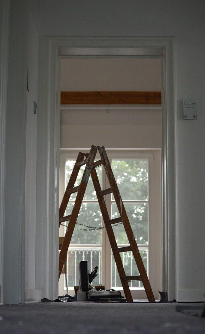 ladder, construction site, tool-682484.jpg