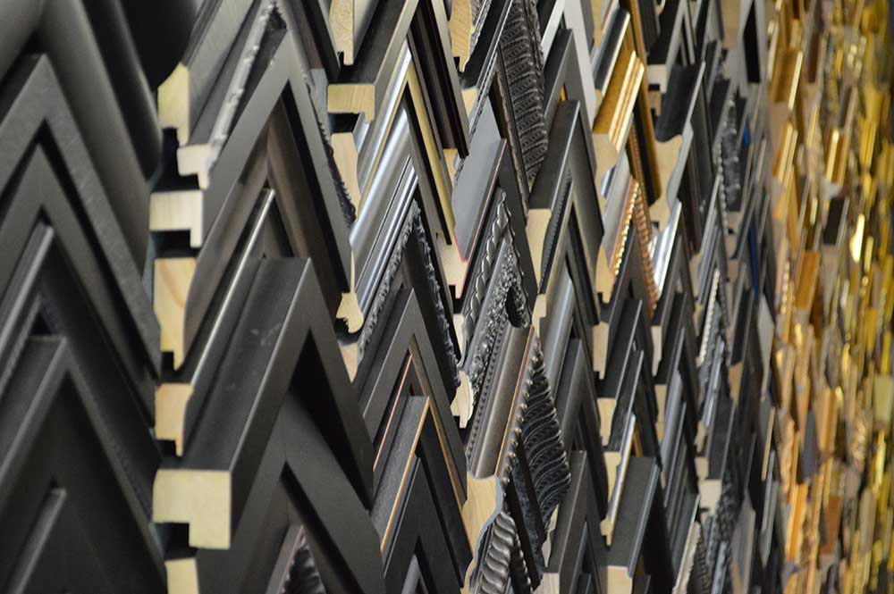 massive-selection-custom-frames-holyoke-massachusetts