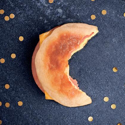 McDonalds-Alldaybreakfast-Work-Greg-Dubeau-Thumbnail-420x420-01