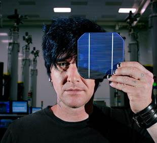 Solar World makes huge makes press splash with Seth Aaron at FashioNXT
