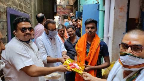 BJP-leaders-honored-Subham.jpg