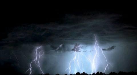 lightning in Shivpur