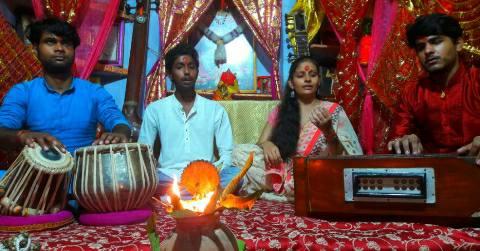 Navratri-worship.jpg