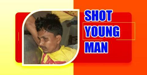 Panpura-sandesh-shot-young-man-.jpg