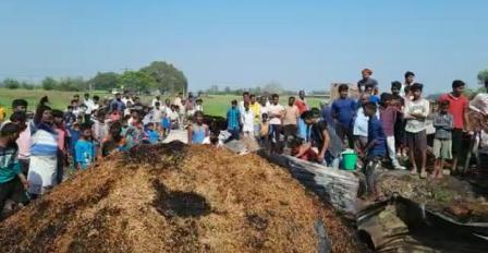 houses burnt in Shahpur ward 6