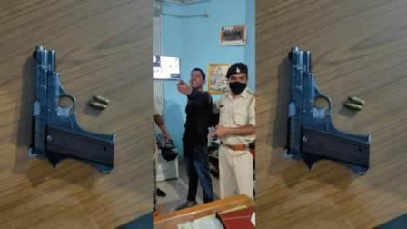 Cheeta team arrested Devendra Yadav with arms and bulets