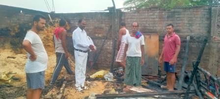 Jameera - Fire at Hari Dayal Rai's house due to short circuit