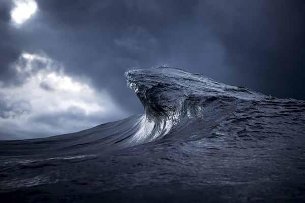 wave-photography-ray-collins-37__880-e1435452196891