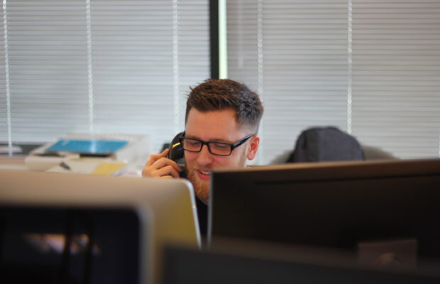 what are the benefits of outbound call centers for my business