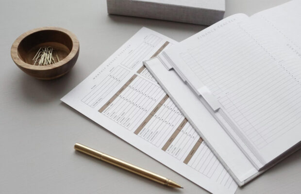 efficiently keep track of your finances with these 4 useful tips