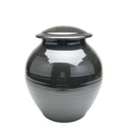 Handmade-Stoneware-Urn-Shiny-Black-Kent-Harris-KH-BLK-URN-1
