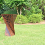Metal Art Planter