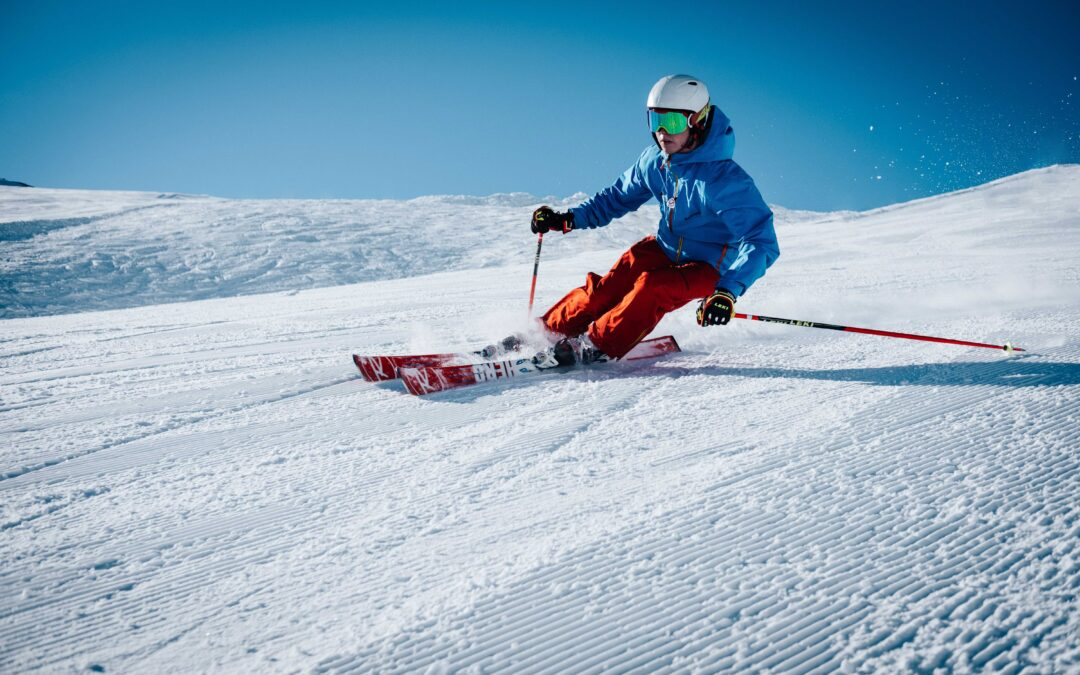 How to prevent injury while skiing