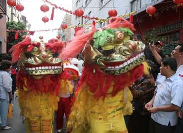 festejos-chino-Mexico-barrio-rata-adornos-llagada-370x270