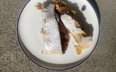 Food in Common: Viennese Appel Strudel