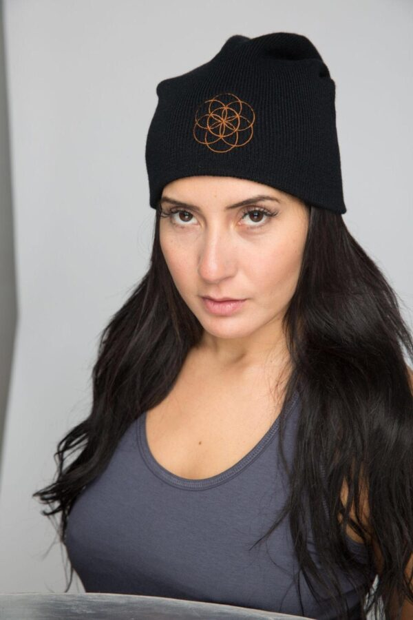 Woman model wearing North Flow Yoga slouchy beanie toque