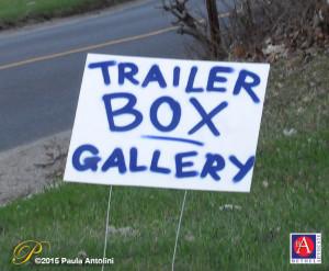 BA32_6915trailerboxroadsign
