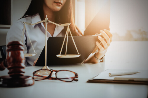 5 Benefits of Hiring a Domestic Violence Lawyer in Orange County