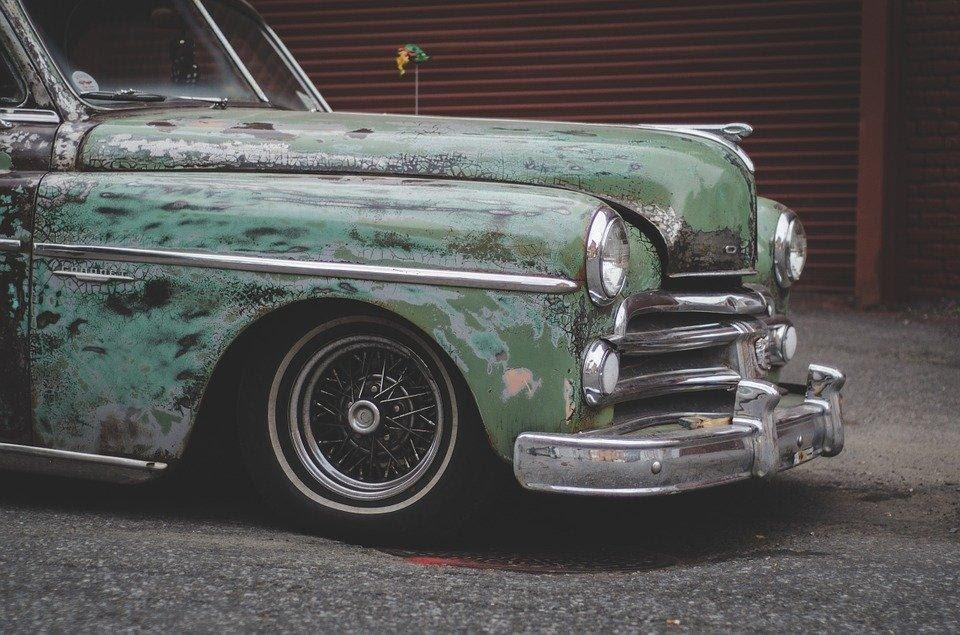 old, derelict car ready to be junked