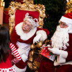 Rogue Winterfest 2016 Weekend Holiday Events Mrs. Claus and Santa with Girl