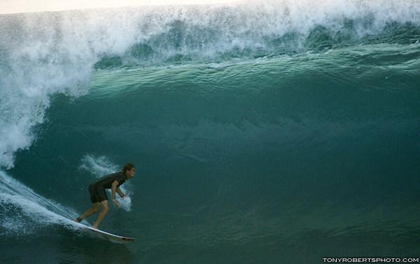 lozano en hawaii x tony roberts2177
