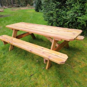 New picnic table