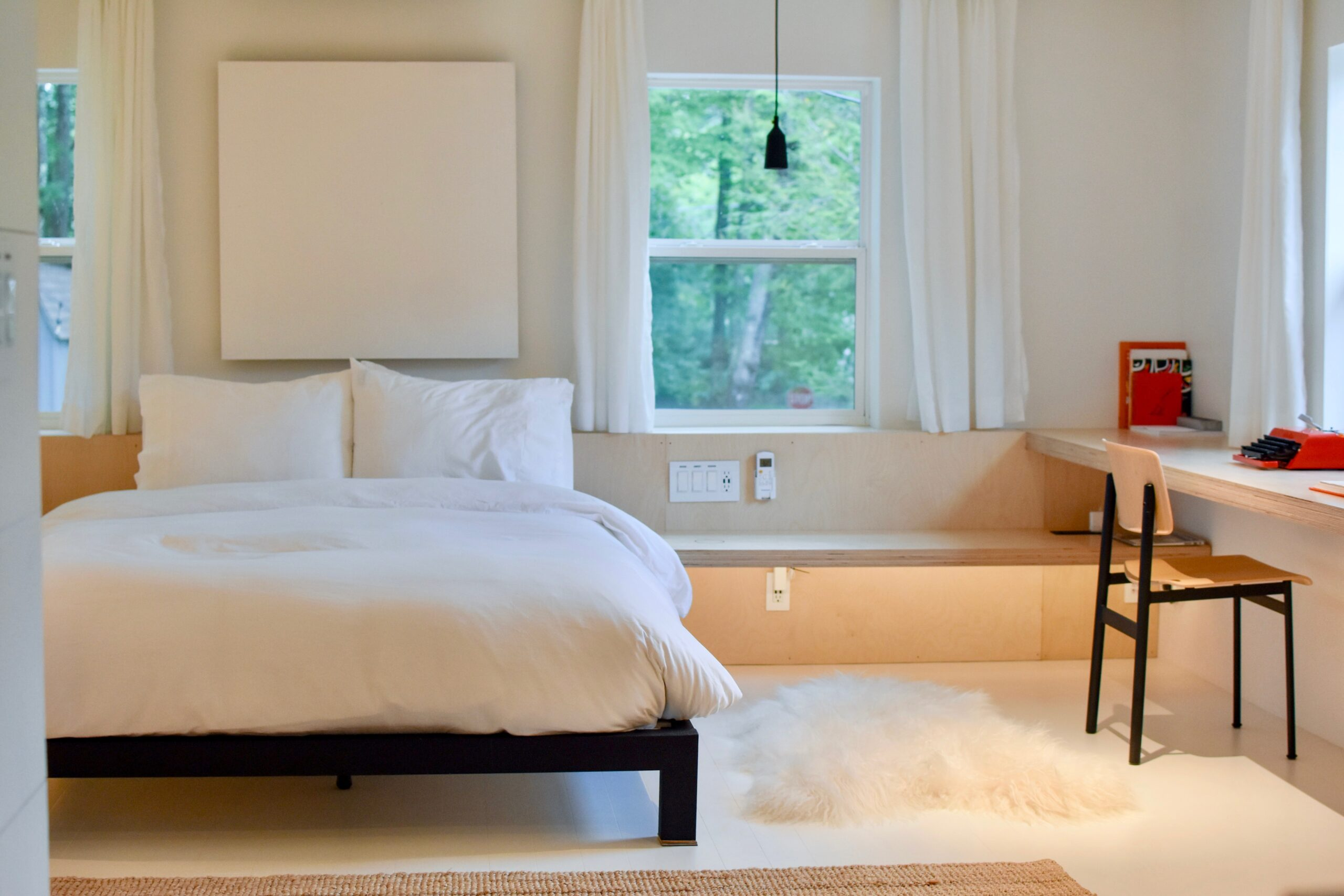Example of a childs bedroom ready for an open house