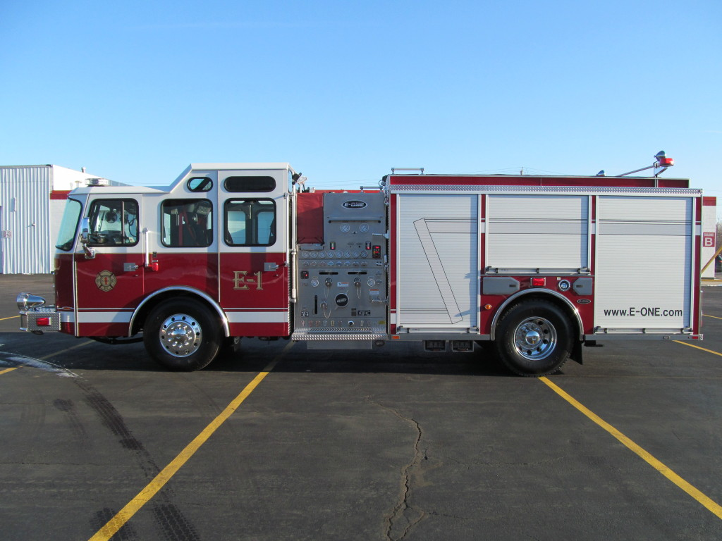 Bridgeview Fire Department - E-ONE Stainless Side Mount Pumper - Driver Side