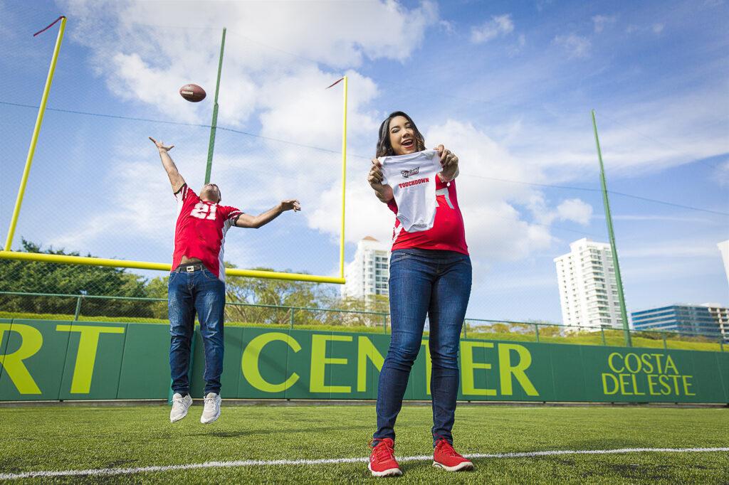 Sesión de Fotos de Maternidad de Football Flag en Panamá