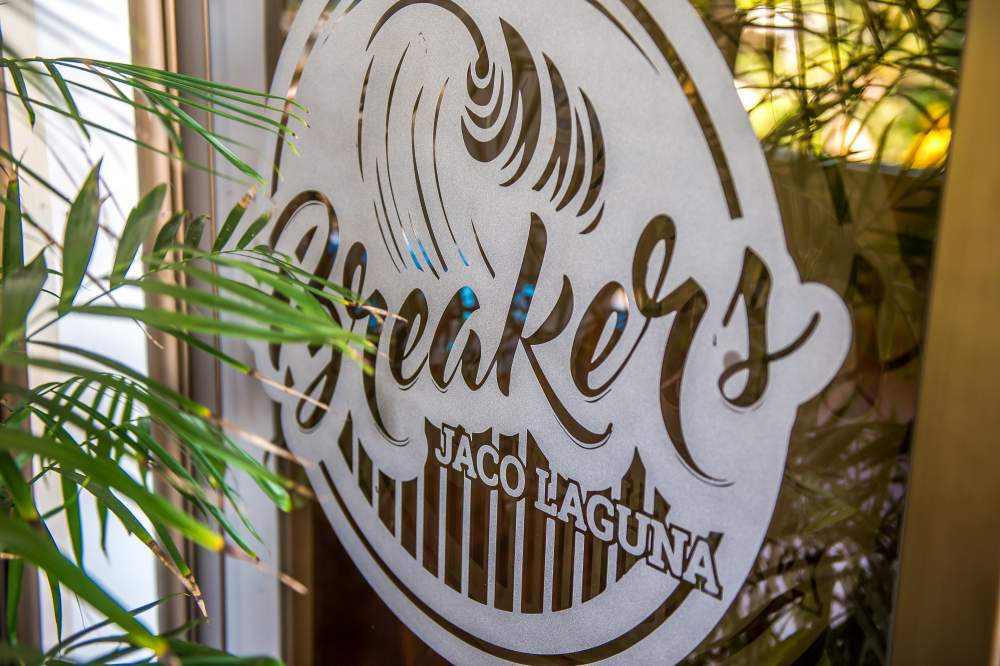 Breakers Restaurant