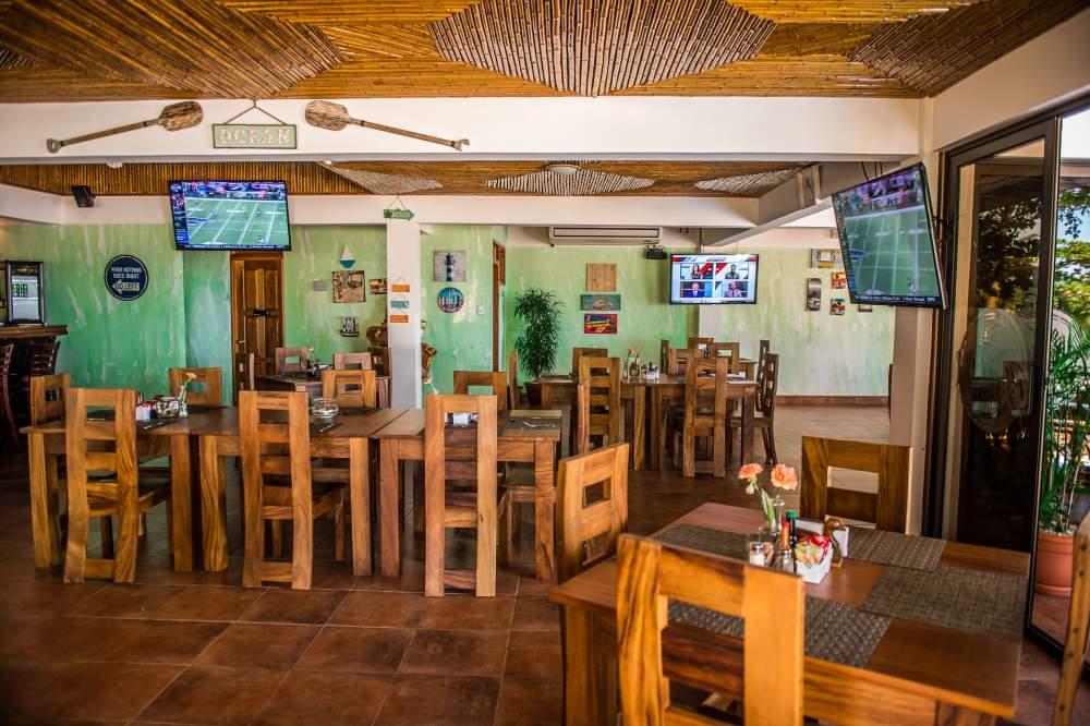 Restaurant at Jaco Laguna