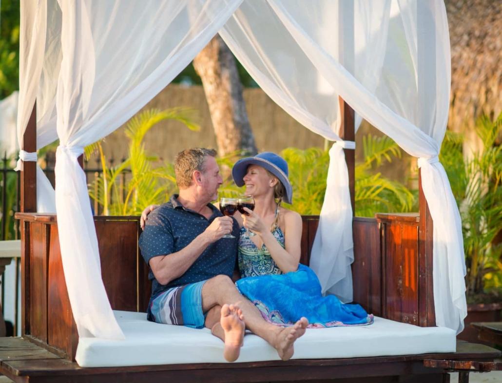 couple in cabana