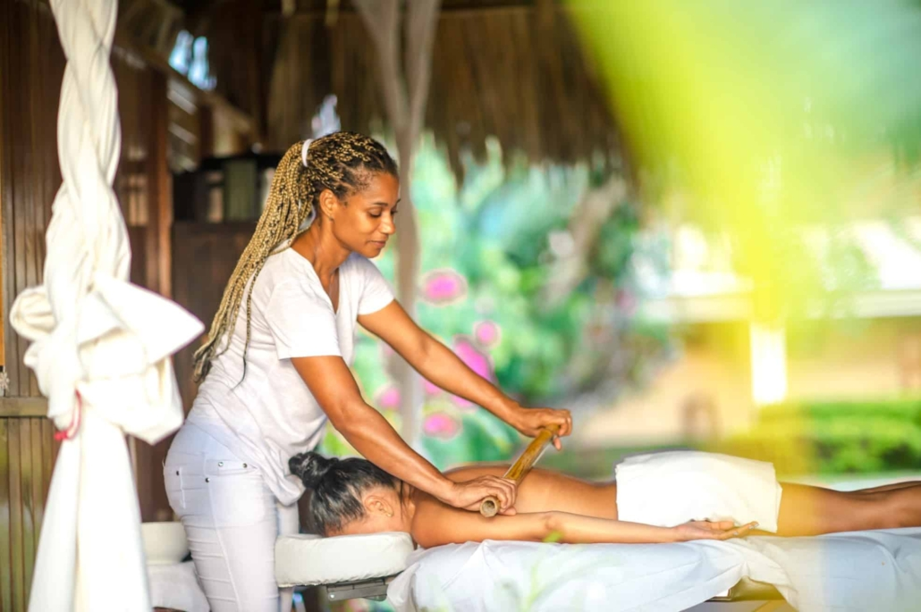 massage rolling woman