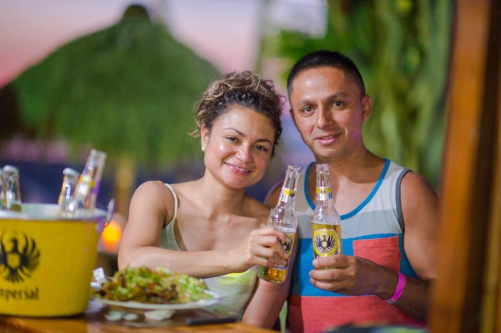 couple at jaco bar