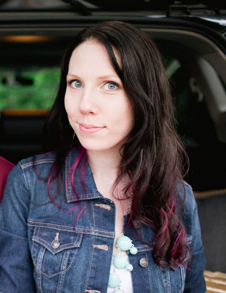 Mossy Oak - Laura Beth McConahie
