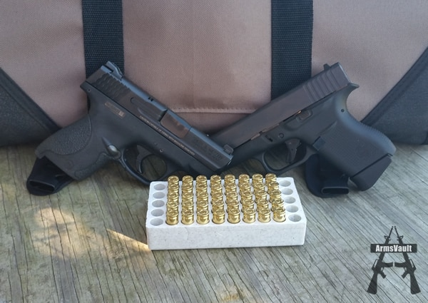Smith Wesson Shield vs Glock 43